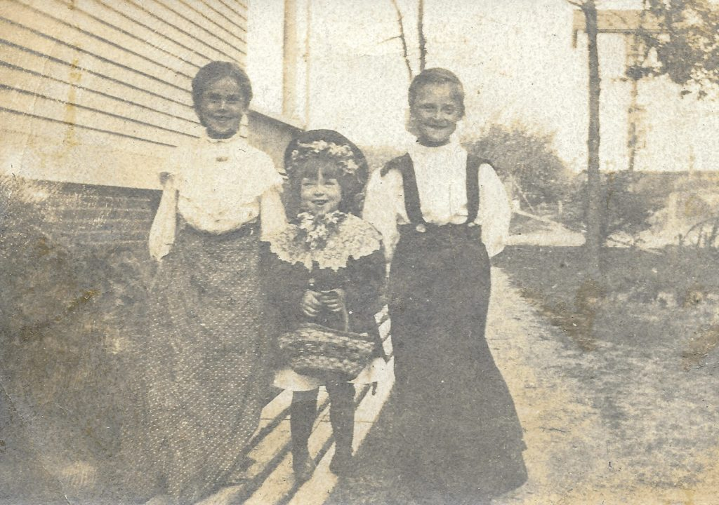 Photo of Helen and Frances Price as children with a friend